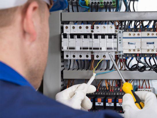 Работа с электричеством – дело непростое