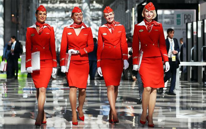 Какая зарплата у стюардесс?